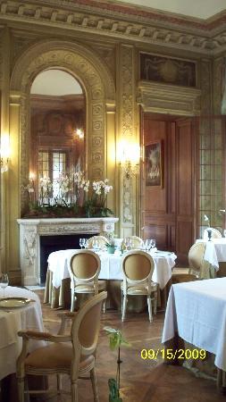 Chateau Colbert: Restaurant