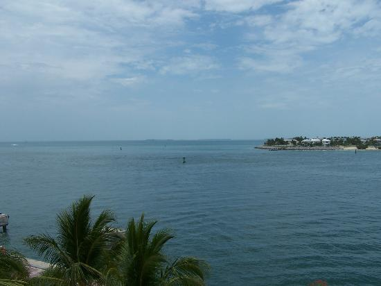 Ocean Key Resort & Spa: View from our room... Beautiful!