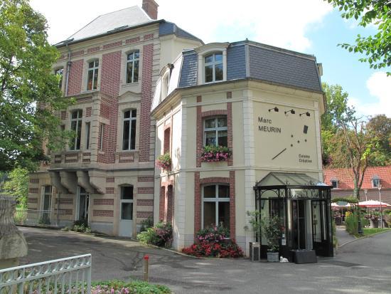 Le Château de Beaulieu: Reception entrance