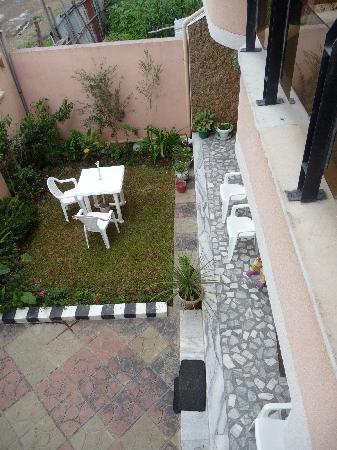 Ethio Comfort Guest House : kleiner Garten