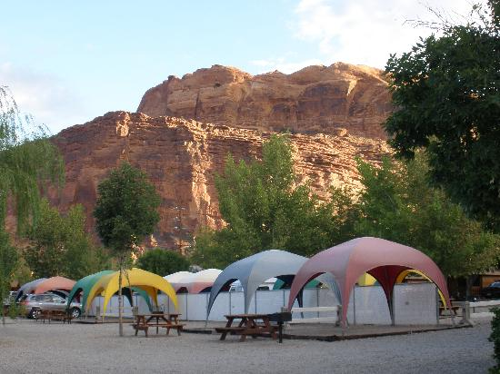 Moab Valley RV Resort & Campground: Tent sites