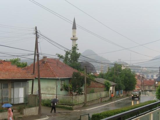 Mitrovica, Kosovo: Welcome to Kosovo!