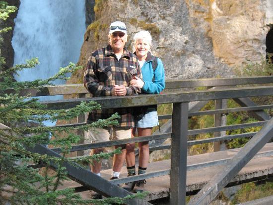 Hidden Ridge Resort : Hiking Johnston Canyon