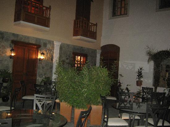 Hotel San Pedro de Riobamba: evening