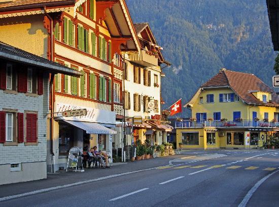 Hotel Alpina: Matten, Interlaken