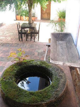 Detalle de el patio de El Carambolo