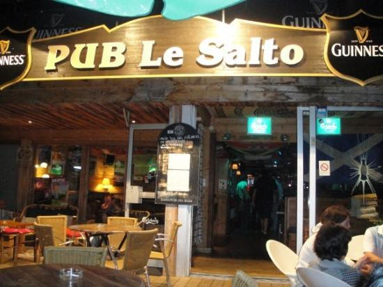 La Clusaz, France: el SUPER bar el Salto!!!!