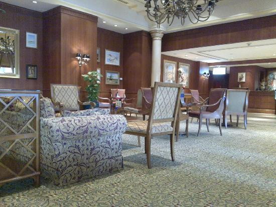Dar Al Taqwa Hotel - Madinah: Coffee shop