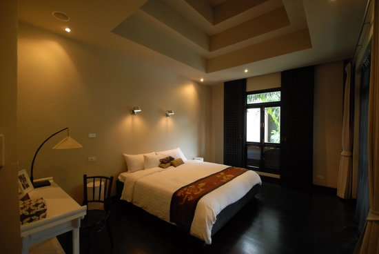 Montra Hotel: Romantic and peaceful bedroom