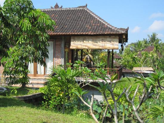 Sugars Villas: the twin bed villa at Sugars