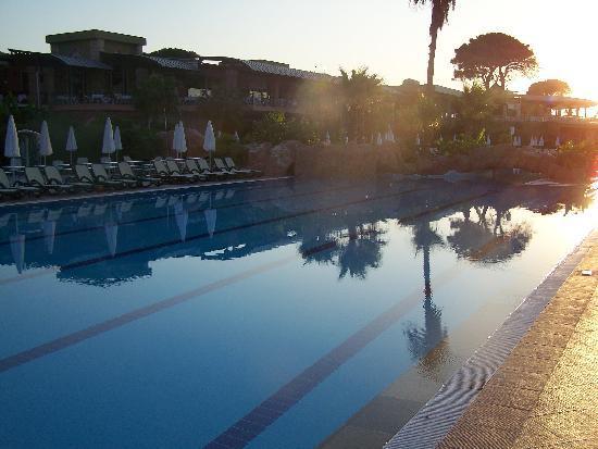 Maritim Pine Beach Resort: for the swimmers