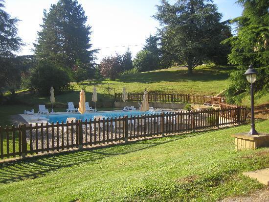 La Cheminee d'Angele : piscine de la cheminée d'Angèle