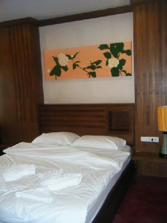 Ban Kong Rao: Bed!