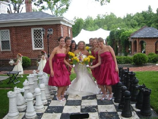 Historic Mankin Mansion Bed and Breakfast: Bridesmaids