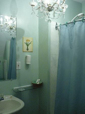 Magnetic Hill Bed and Breakfast: Ensuite