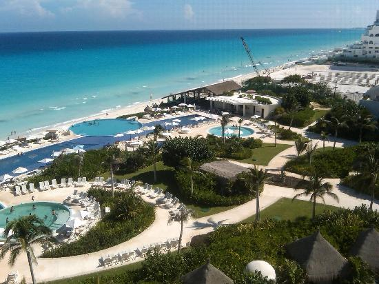 Live Aqua Beach Resort Cancun: View from balcony