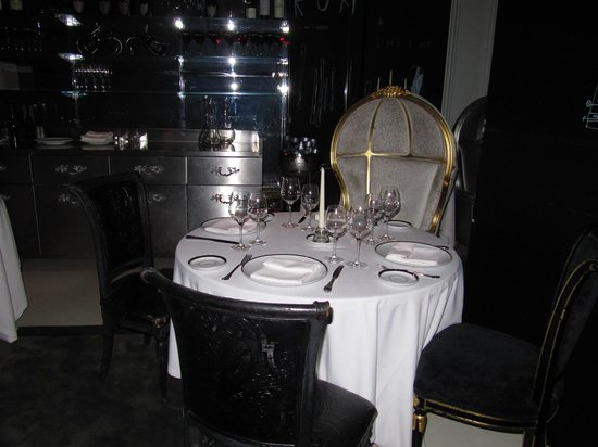 Ramses - Petit: our table