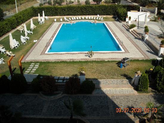 Longobardi, Италия: the pool from the second floor