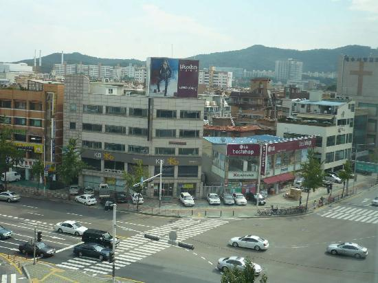 Jamsil Tourist Hotel : View from window to the right (with KB Star)