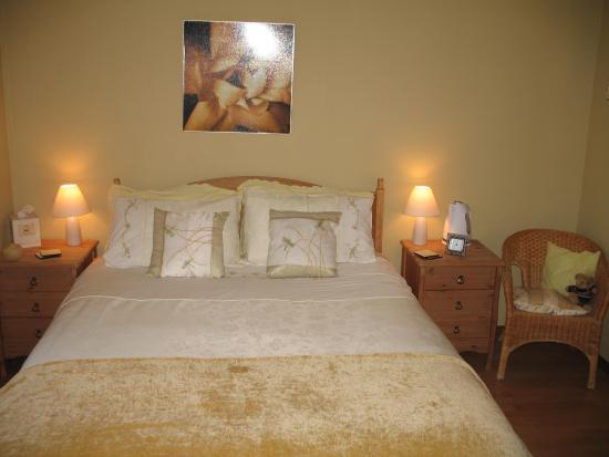 Westwards: Bedroom