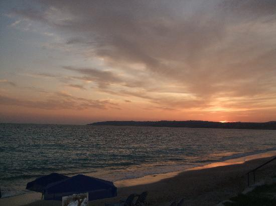 Trapezaki Bay Hotel: Sunset at Lourdas beach