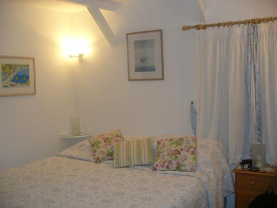 Little Newton Bed & Breakfast: Room 1 – The Bed