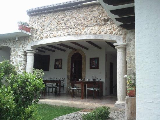 Hotel & Spa Santuario del Alba: Backyard