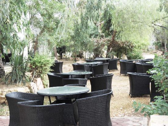 Winzrik Resort & Thalasso Djerba: café maure extérieur