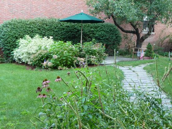 Brookline, ماساتشوستس: jardín