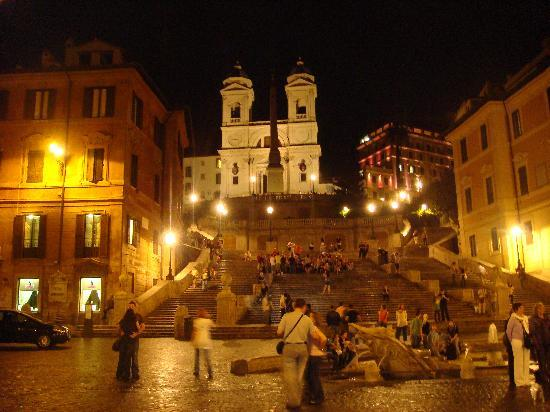 Portrait Roma: View of Spanish Steps from hotel roof