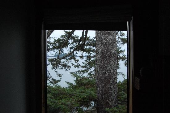 Wickaninnish Inn and The Pointe Restaurant: room view