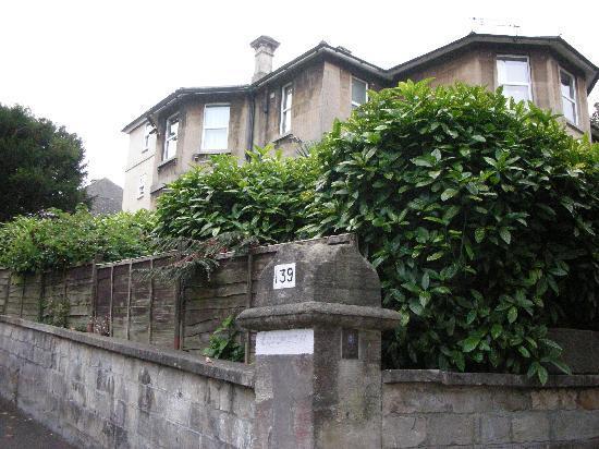 Leighton Townhouse: one-three-nine