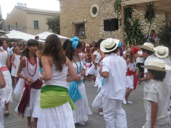 Μπεγκούρ, Ισπανία: Cuban Festival in Begur