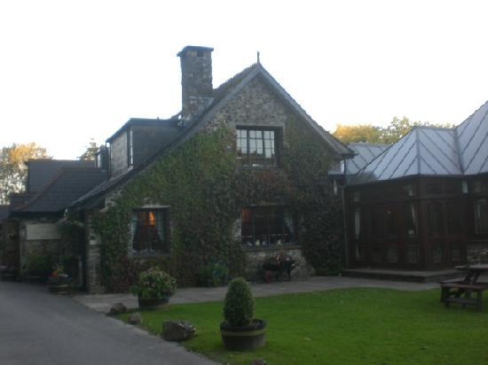 The Main House And Restaurant Picture Of Lakeview Manor