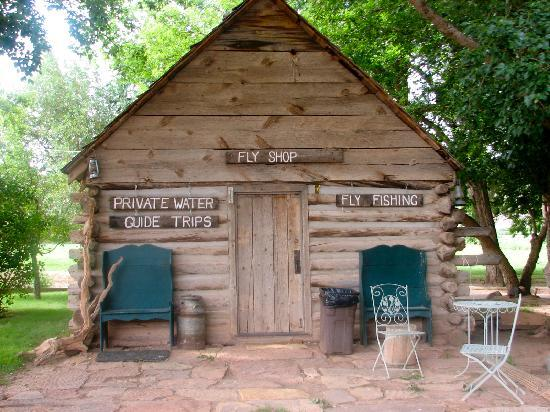 The Lodge At Red River Ranch: outside the lodge