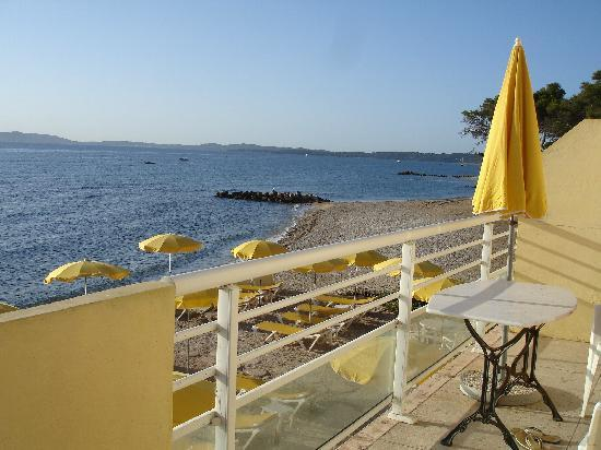 Hotel Lido Beach : our balcony overlooking the sea