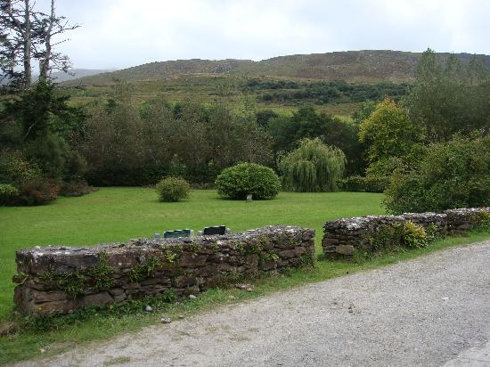 Kilcummin, Ireland: The Grounds