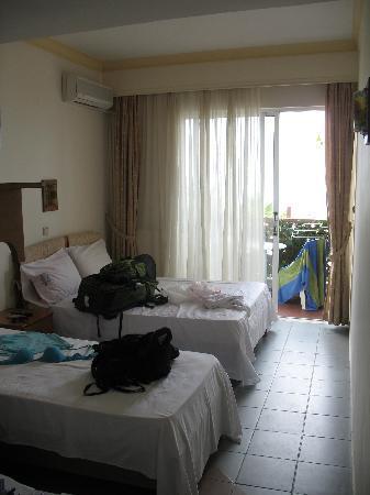 Hotel Poseidon: Big Room