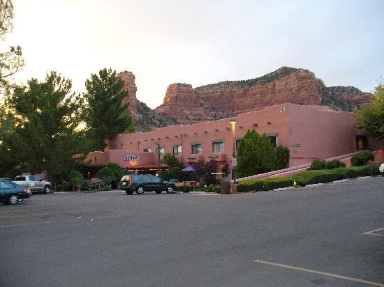 Bell Rock Inn: Exterior