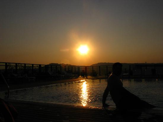 Tiberio Palace Hotel : Sunset on the roof