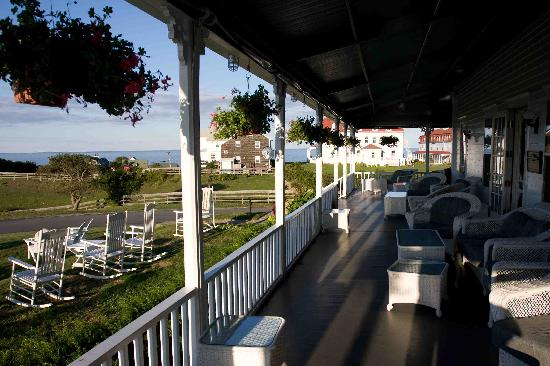 The Atlantic Inn: Porch View