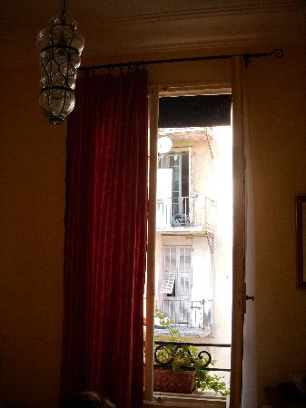 Hotel Rex : Window and view