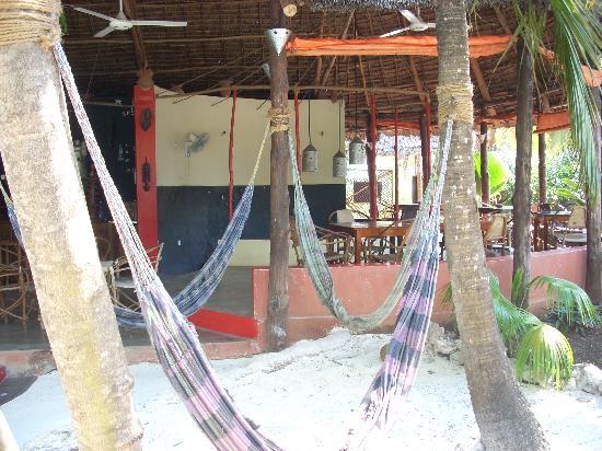 Fontaine Garden Village: Restaurant/bar