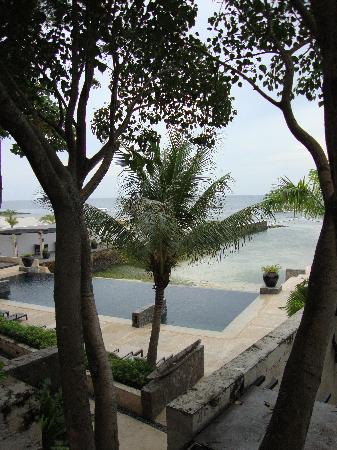 Abaca Boutique Resort: View of Abaca pool from balcony