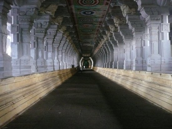 Рамесварам, Индия: The amazing temple corridors