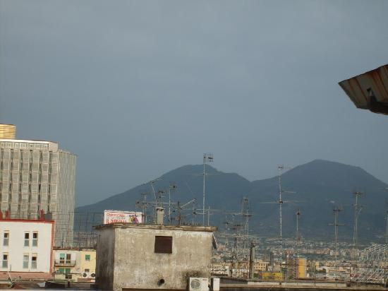Hotel Garden Napoli: View of Vesuvius from the room terrace