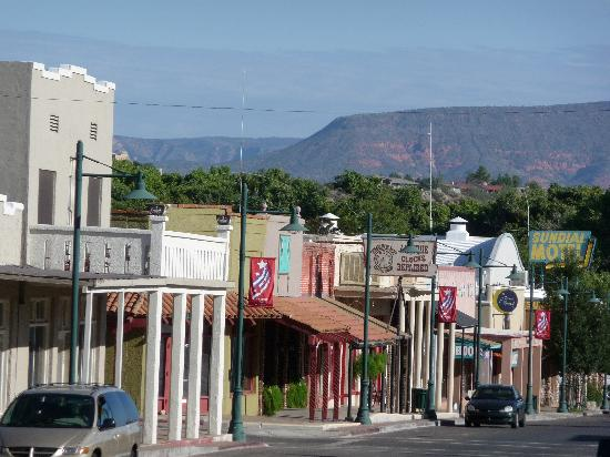 Cottonwood Hotel Old Town View 1