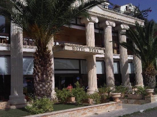 Hera Hotel: Hera front
