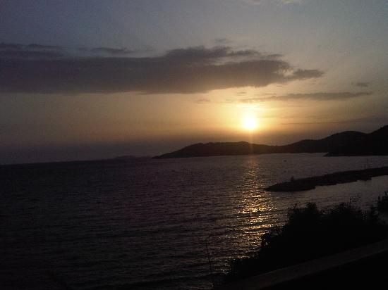 Hera Hotel: sunset from the terrace