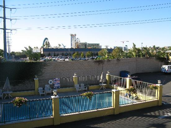 Alpine Inn: View of Alpine pool and Disney's CA Adventure park